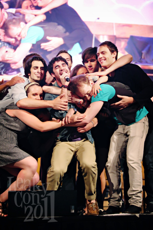 StarKid hug! This is the best version of this we've seen. (And we know, there are many.)