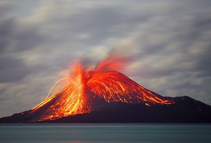 "thatshadeinbetween:  http://abduzeedo.com/beautiful-pictures-volcanos I have a weird fascination and fear of volcanos. Mostly fear though, ever since I saw a special about super volcanos on the discovery channel about catastrophic events that could human civilization. Oh well, I'll continue to admire them through photos.   Ruote Latina        Ruote Italia Il portale ospita aziende, uomini e piloti e vuol essere un luogo di incontro tra quanti vivono le ""ruote"", qualunque esse siano, con passione, consci del valore che l'invenzione della ruota ha rappresentato per l'umanità tutta. Seguiteci con attenzione, non ve ne pentirete.  http://www.ruotelatina.com ruotelatina@gmail.com  GOOD EARTH http://ruoteitalia.tumblr.com/archive  http://ruoteitalia.tumblr.com/archive  http://www.ferdinandporsche.net http://ruoteitalia-blog.tumblr.com/archive http://leosimonelli.tumblr.com/archive http://fabiodamiani.tumblr.com/archive http://italiaunoweb.tumblr.com/archive http://rossoferrari.tumblr.com/archive http://fratellicorelli.tumblr.com/archive http://mitomotori.tumblr.com/archive http://motodays-2012.tumblr.com/archive"