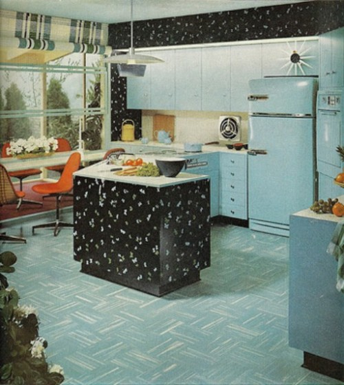 postwarvintage:  1950s American kitchen  Even though I abhor cooking I can't seem to stop loving every kitschy kitchen from this era.