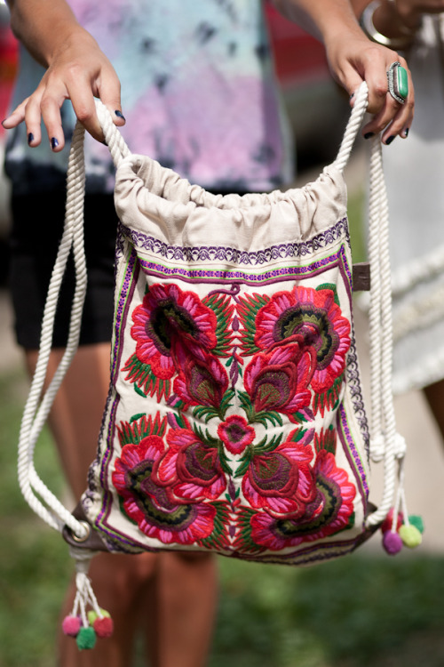 spahrkles:  freepeople:  Embroidered back pack,  Festival Fashion at Pitchfork Music Festival  i want this so badly :(