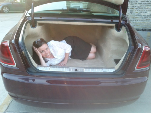 I'd say 3 Ciminillos will fit comfortably in the Rolls-Royce Ghost trunk.