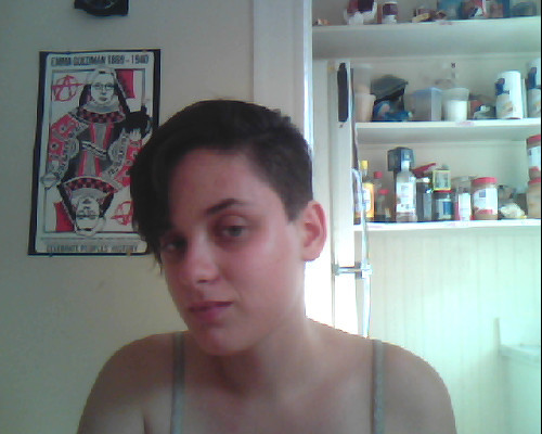 finally using tumbr for what its for- taking pictures of hair cuts I can't believe this doesn't pass for getting fired hair anymore