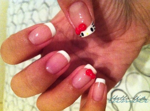 Hello Kitty Nails / hello-lisa