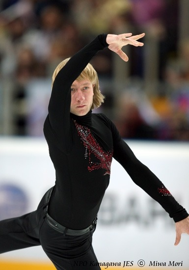 beautiful-shapes:  Evgenij Plushenko, 2010 LP