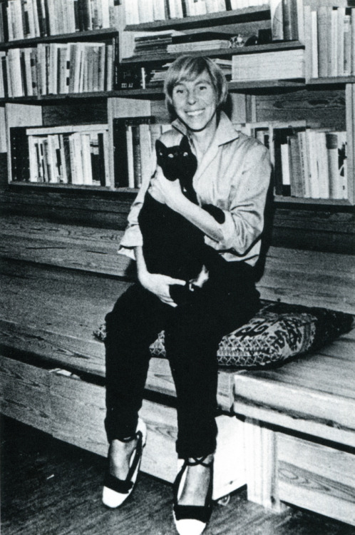 writersandkitties:  A cheerful Tove Jansson and her cheerfully black kitty.