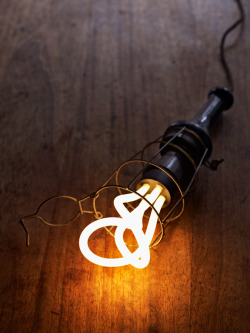 I love the Plumen lightbulb, the worlds first designer energy efficient lightbulb. Looks great just on its own, gonna get some of these for the new house.