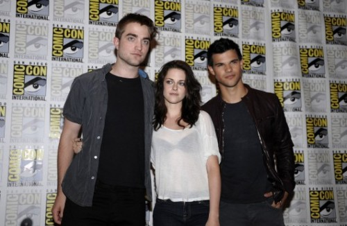 The Latest From Comic-Con 2011  'The Twilight Saga: Breaking Dawn' Comic-Con Red Carpet Photos OMG ALERT!