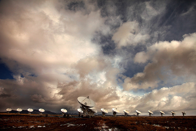 Antennas by American Backroom on Flickr.More Very Large Array on Llano de San Augustín. Nueva México, Estados Unidos