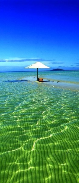 (via Beach / Amanpulo, Philippines . On my list, definitely.)