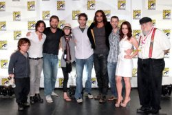 swordinthedarkness:  Game of Thrones cast, producers, and Martin