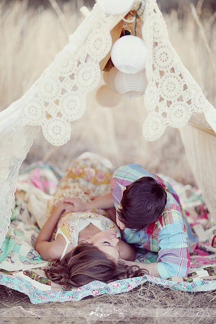 Romantic lace tent out in the middle of nowhere… cowboy take me away Source: Simply Bloom Photography