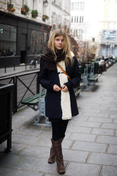 Clémence Poésy. She's gorgeous. I love this outfit.