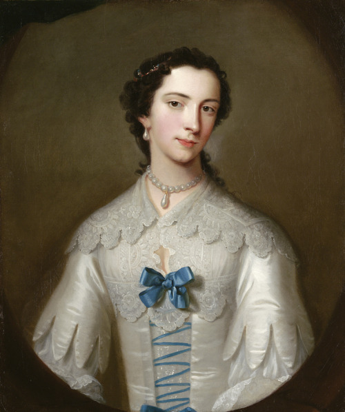 Lady, possibly of the Cholmeley family by Allan Ramsay, ca 1740 UK This is what retro looked like in the early-mid 18th century.