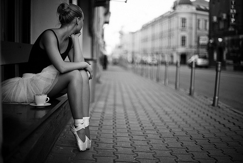 black-and-white:  Ballet dancer in city (by Stolov)