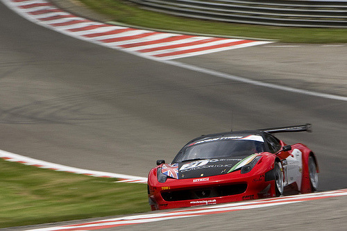 458 Italia tackling Eau Rouge (by Marcel Thomassen)