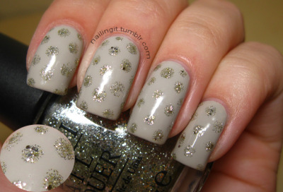 nailingit:  opi - skull and glossbonesopi - spark de triomphe these are the nails i wore to see my baby ben folds last night! he was fantastic, as always. but i broke a nail while i was there, a filing session is in order :(