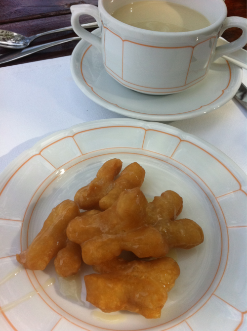 Thai food: breakfast- deep fried dough(pa-tong-ko) and hot soy milk