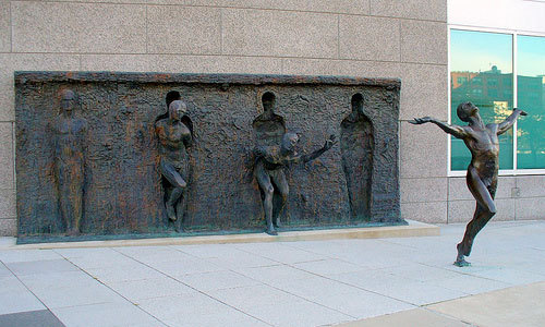 ilikeartalot: Breaking Free by Zenos Frudakis   Click to follow this blog, you will be so glad you did!