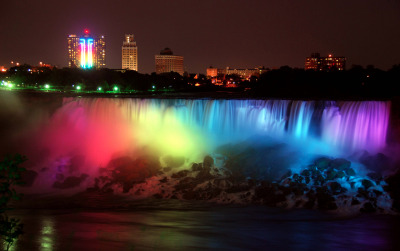 thetrevorproject:  We ♥ this beautiful rainbow-hued Niagara Falls backdrop for LGBT couples who began to wed early this morning in New York.  Read more about this special occasion at Homorazzi.com.