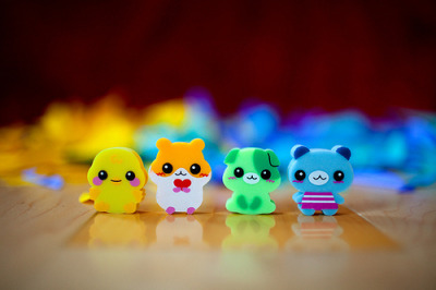 rainbowsgorawr:  lol i have these erasers :P