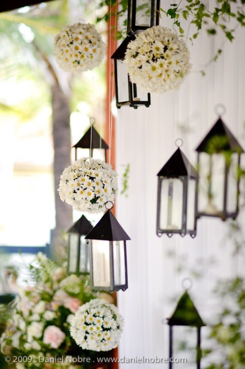 Lanterns and daisies for spring decor