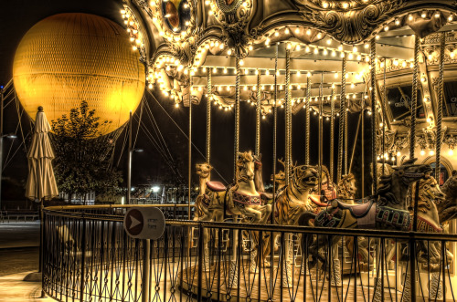 ysvoice:  | ♕ |  Carousel in the night  | via aria-to-aria | petapeta