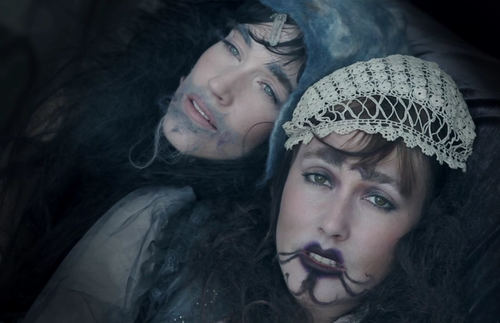 "Awesome screenshot of ""Lemonade"" by #CocoRosie"
