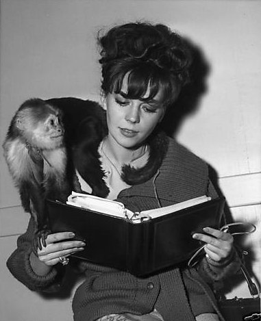 Natalie Wood reads.