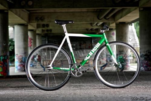 ghostofzeon:  Cinelli Mash interesting build?