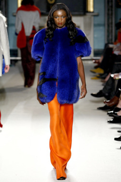 7. COLORED FURS! What better way to look posh and playful? Click to view more psychedelic fur looks.