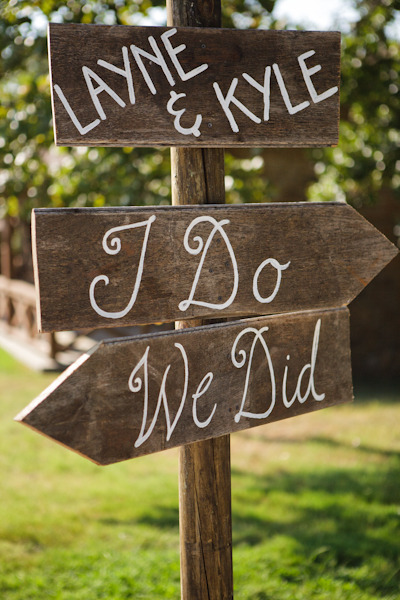 "bride2be:  i love this sign! ""i do"" sign points you to the location of the ceremony…  ""we did"" sign points you to the location of the wedding reception!"
