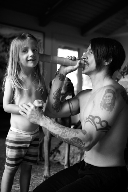 "Anthony Kiedis:""Everly is just the biggest part of my life that there is, so everything I  do is inspired by him. He definitely quadrupled the size of my heart so  I just feel more love in me."" Given that he's an older dad, having a baby has opened up a new world to Anthony. He laughed: ""The biggest surprise was I was always a bit of a poop-o-phobe, like I don't know, stay away from the poop… ""And then when my son came, it was like I couldn't wait to get my hands on the poop. ""And still today, I wipe his little bottom with such love and care, I  get the wet wipe and just make sure he's as clean as can be and I went  from being a poop-o-phobe to like, it doesn't faze me. ""He could throw his poop in my face and I wouldn't even flinch.""(DailyRecord Interview July 24th 2011 - Read it here.)"