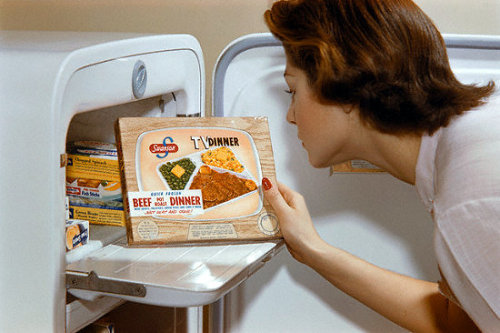 Swanson introduces the TV Dinner in 1953. Notice the graphics to make the box resemble a TV… what a boring program!