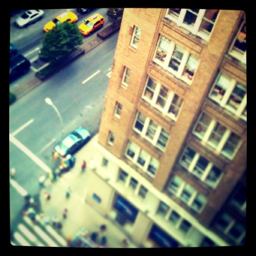 Damn, 10th floor office view #building #cab #street #parkave #nyc  (Taken with instagram)