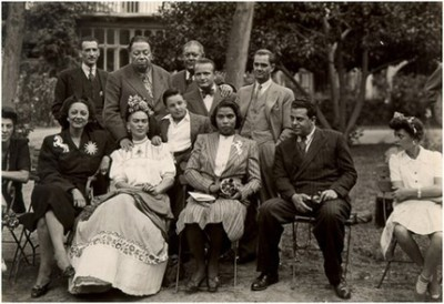 vintageblackglamour:  Marian Anderson and Frida Kahlo with Diego Rivera, Miguel Covarrubias, Rosa Covarrubias, Ernesto de Quesada and others in Mexico, 1943.  so much amazingness in this picture