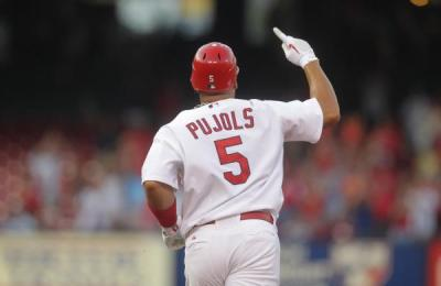 Albert Pujols rounds the bases after a 1st inning HR, 7-26-11