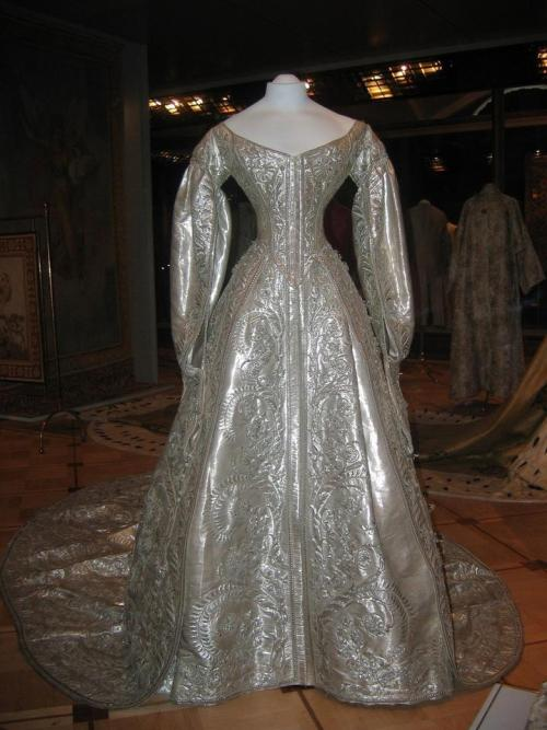 Coronation gown of Maria Feodorovna, 1883 Russia