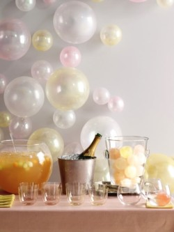 bride2be:  i love how balloons are used for a backdrop creating a bubble effect for the champagne bar… and check out those ice cube balls!  this would also be especially great for a new year's eve wedding or as a photo booth backdrop!