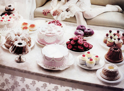 Nom Nom Nom Nom~ I'm have my own private tea party right now, cause I'd hate to share all this deliciousness~