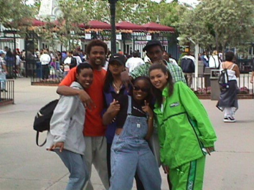 Bey's in the green tracksuit, LMAO.