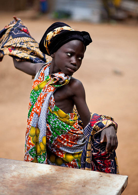 williamsonsbeauty:  worlds-cultures:  Dancing princess - DR CONGO - by C.Stramba-Badiali on Flickr.  جمهوری دموکراتیک کنگو      დემოკრატიული   რესპუბლიკა კონგოს Kongo Demokratik   Cumhuriyeti