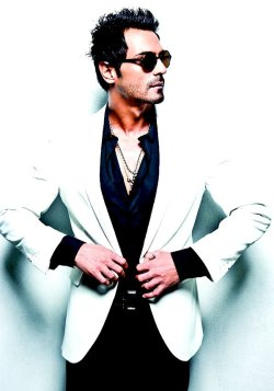 Arjun Rampal  Can you say hot??