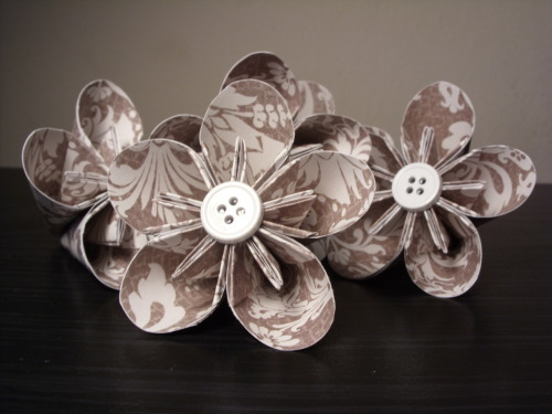 Brown/White Patterned Kusudama Origami Paper Flowers (Set of 5) by PaperShell @Etsy