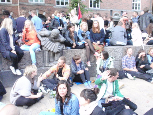 Remembering Copenhagen (2011). A lovely evening in Blågårds Plads on Sankt Hans eve.