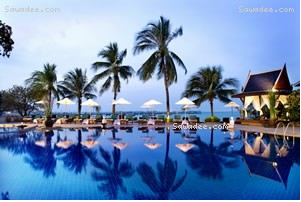 First four days in Thailand at Siam Bayshore Resort & Spa (pictured). Next three days TBA. July 29th (my half birthday) to August 3rd. Back to Bangalore after that, where Maggy will have returned from months in Belgium. Then, less than 30 days till Minneapolis, UMN and Beth (xoxo).