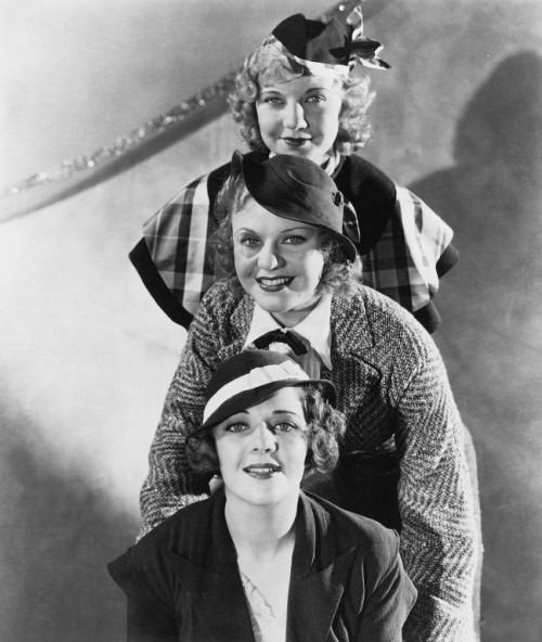 the-asphalt-jungle:  Una Merkel, Ginger Rogers and Ruby Keeler Publicity photo for 42nd Street (1933)