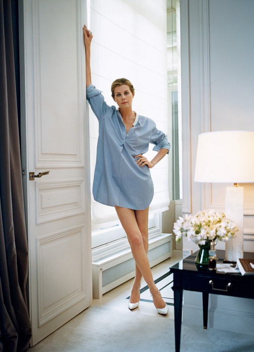 habituallychic:  I want Virginie Mouzat's legs and apartment! via Vogue