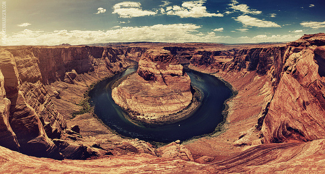 Horseshoe Bend by Glenn Karlsen on Flickr.