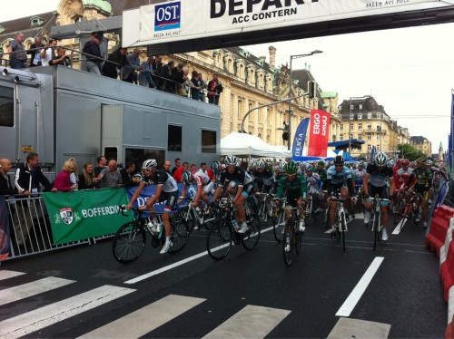 And they're off for the Gala Tour de France, the annual criterium in the city of Luxembourg!  (via @leopardtrek)  Not going to lie, I want the Lux pros on an open top bus again!