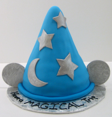 (via Sorcerer's Hat « Just Cake)